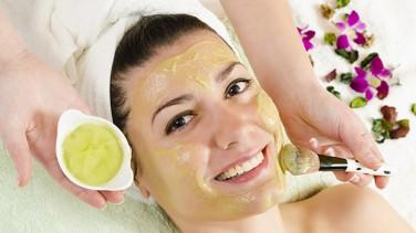 Yağlı Citler için Limon Maskeleri