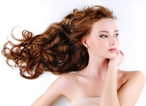Saçları Parlatmanın Doğal Formulü
