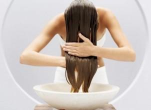 Kepekli Saçlara Doğal Çözüm