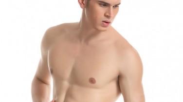 Jinekomasti ve Erkekte Göğüs Estetiği
