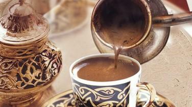 Kahveyi Bol Köpüklü Bakır Cezvede Yapmanın Püf Noktaları